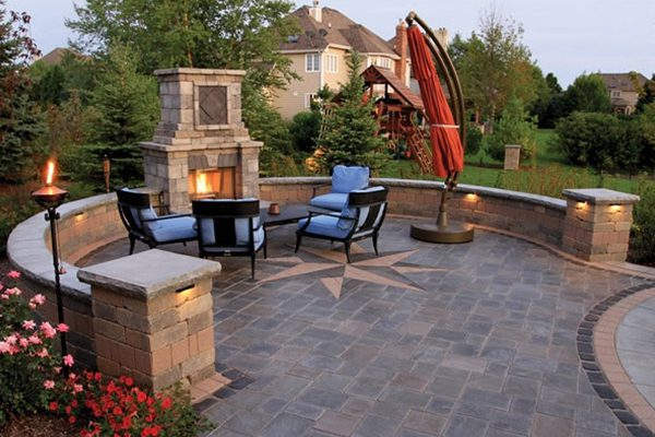 600x400-patio-fireplace