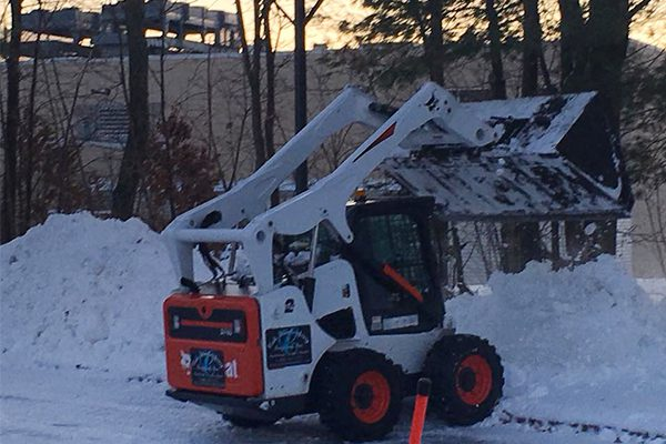 600x400-snow-removal-loader